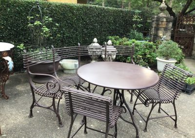Arras Round Table $1095